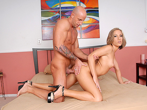 Kara Novak - Teeny Bopper Club