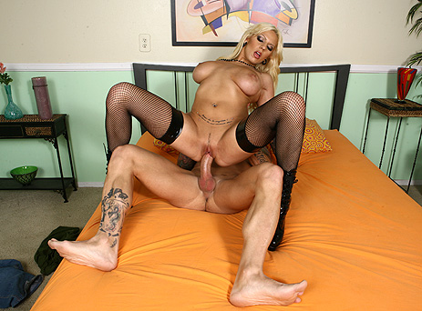 Lylith Lavey - Mr Big Dicks Hot Chicks